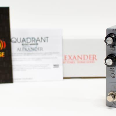 Alexander Quadrant Audio Mirror Neo Series Delay Guitar Effect Pedal