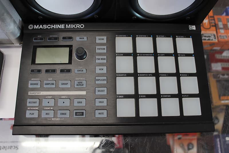 Native Instruments Maschine Mikro mkII, Komplete Audio 6 & Yamaha HS-50M  bundle - Free Shipping!