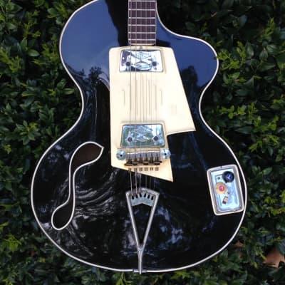 WANDRE  BB  GUITAR , FETISH , BIZZARE  1964  Black for sale