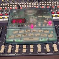 Zoom RhythmTrak RT-123 Drum Machine Sampler