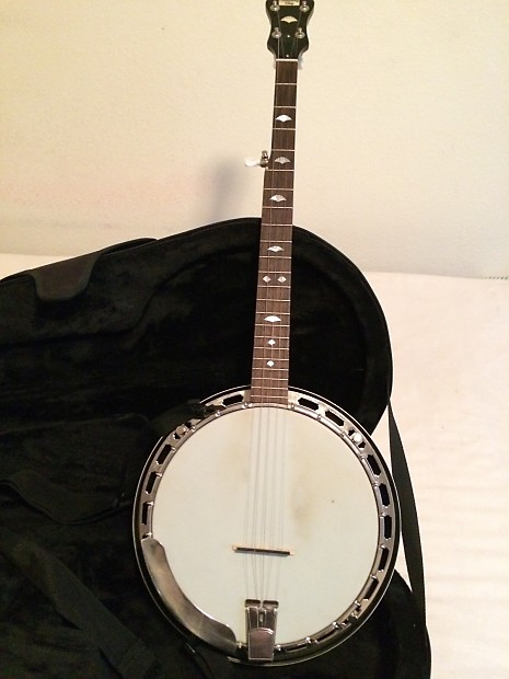 Recording King Madison RK-25 banjo w/ case and extras
