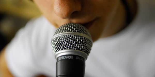 5 Tips For Vocal Health While On Tour | Reverb News