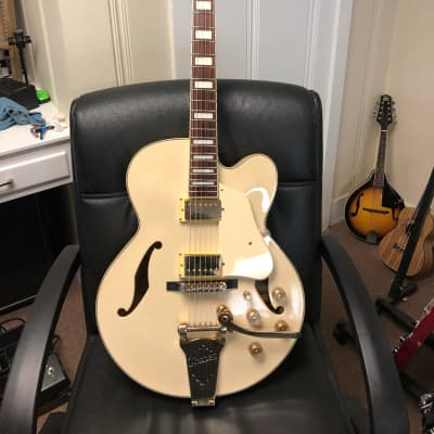 Ibanez AF75TDG-IV Artcore Series Hollowbody Electric Guitar Ivory with OHSC