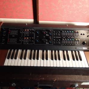 Korg 800 DV