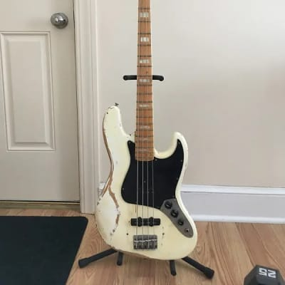 Fender Jazz Bass  1978  OYLMPIC White
