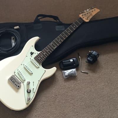 Line 6 JTV-69S James Tyler Design Variax Guitar in White for sale