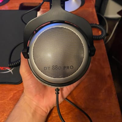 Beyerdynamic DT-880 Pro Studio Headphones