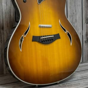 Taylor T5 Standard Honey Sunburst 2016
