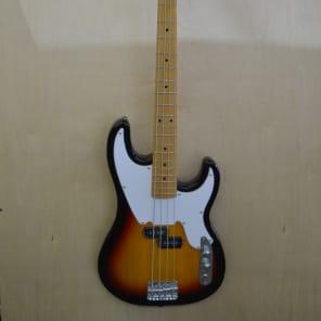 Tagima TW-66-SB Woodstock Series 4-String with Maple Fretboard Sunburst