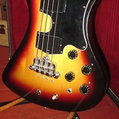 Gibson RD Artist Bass Sunburst 1978 for sale