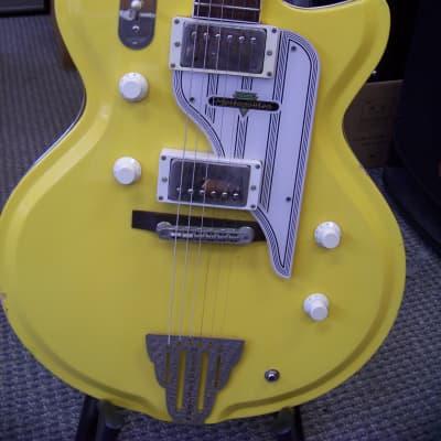 Metropolitan Westport Custom yellow for sale