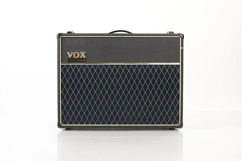 Vox Ad120vt Guitar Combo Amp : vox ad120vt 2x12 combo amp valvetronix guitar amplifier reverb ~ Russianpoet.info Haus und Dekorationen