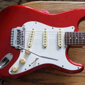 Fender  Contemporary Stratocaster 1986 Candy Apple Red for sale
