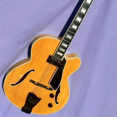 1991 Fender D'Aquisto Elite: Rare Blonde, Premium Version, Comfy, Feedback Resistant 16