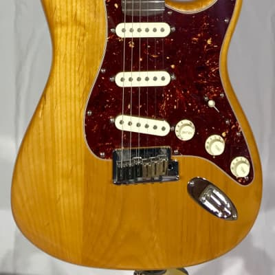 Fender American Deluxe Stratocaster 2009 Amber for sale