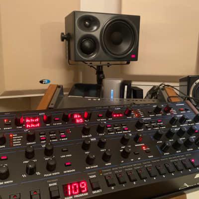 Dave Smith Instruments OB-6 Desktop