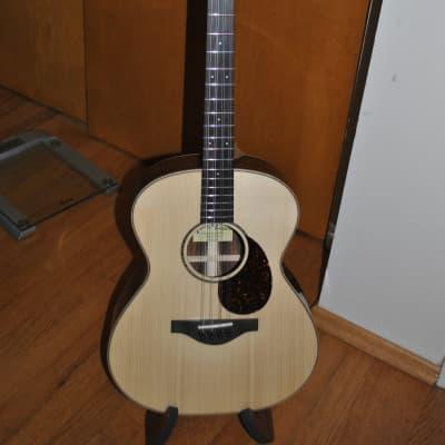 Pono MND-30 8 string tenor guitar/octave mandolin w/TKL hard case