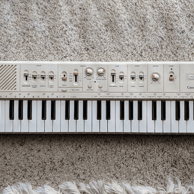 Casio MT-60 Casiotone 49-Key Synthesizer