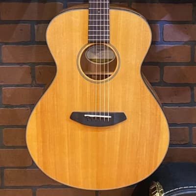 Breedlove Discovery Concert LH Acoustic/Electric Guitar