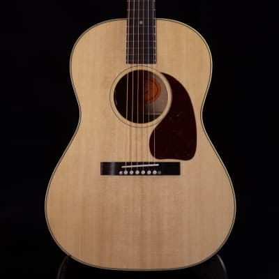 Gibson 50's LG-2 Antique Natural Acoustic Electric Guitar