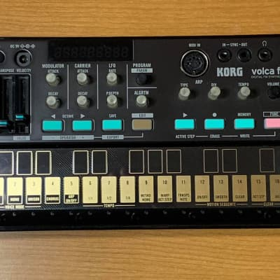 Korg  Volca FM Digital Synthesizer/Sequencer w/Power Cable