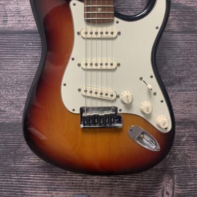 Fender American Deluxe Stratocaster Electric Guitar (Sunburst ) for sale