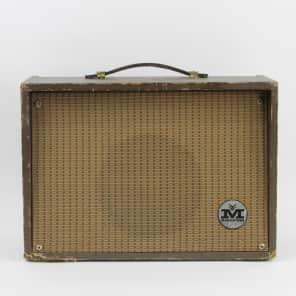 "Magnatone Student Model 111 3-Watt 1x8"" Guitar Combo"