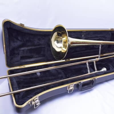 Conn 23H Trombone with case/strap/ mouthpiece SN319311