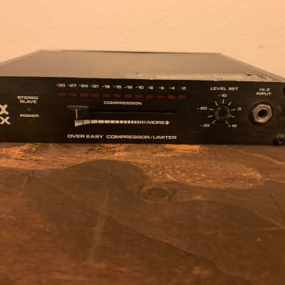 DBX 163X Over Easy Compressor / Limiter 1 of 2
