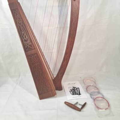 Roosebeck Heather Harp 22 Strings Chelby Tuning Levers Knotwork Design Discounted!