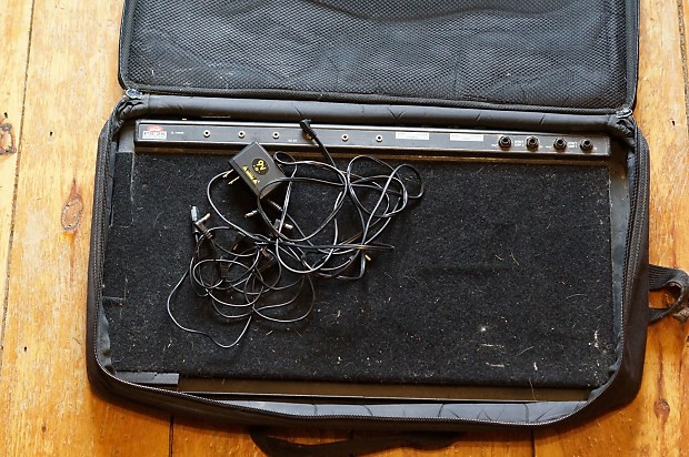 Skb Ps 25 Pedalboard W Case And 1 Spot Power Supply Reverb