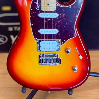 Godin Session LTD Cherry Burst HG MN 047680 Electric Guitar