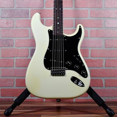 Fender Stratocaster Hardtail with Rosewood Fretboard 1979 Olympic White OHSC
