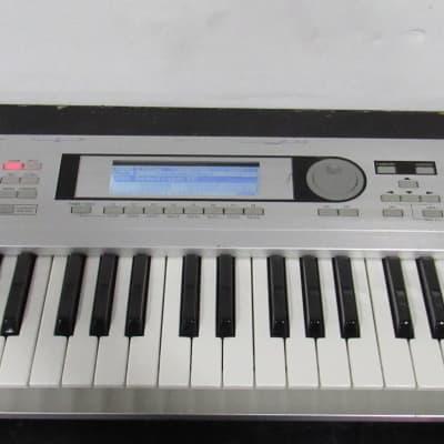 Tested Korg Triton Le 61 61-Key MIDI Keyboard Music Workstation Digital Synthesizer