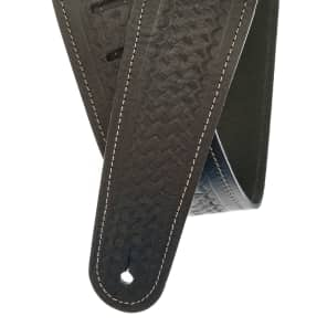 "Planet Waves 25WSTB00 2.5"" Basket Weave Embossed Leather Guitar Strap"