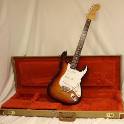 Fender® Stratocaster® 1962 Re-Issue AVRI (1962 Reissue) 1992 Sunburst