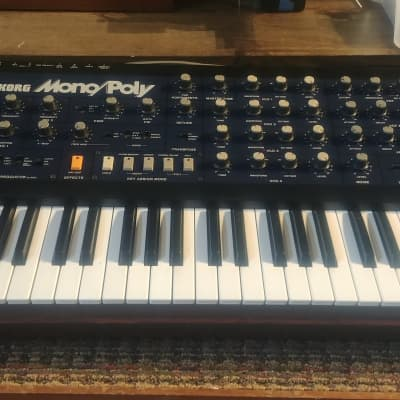 Korg Mono/Poly Analog Synthesizer With Midi!
