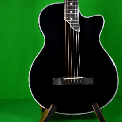 Epiphone SST Coupe with Gig Bag, Shadow Panoramic Pickup, Headphone Jack, MP3 Jack