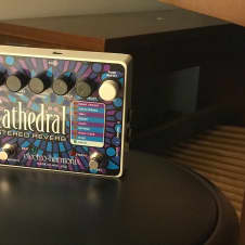 Electro-Harmonix Cathedral Stereo Reverb 2000s