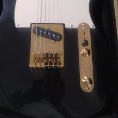 Mystic River Guitar T21 tele TUX black lacquer dressed in gold 2021 black lacquer for sale