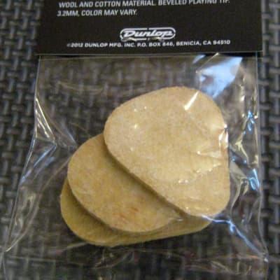 Dunlop 8012P Standard Felt Pick 3 pack