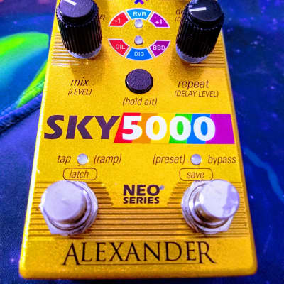 Alexander Pedals Sky 5000 Neo Series Delay (Gold Colorway)