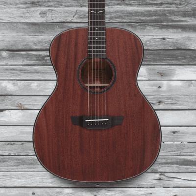 Orangewood Oliver Solid Top Mahogany Grand Concert Acoustic-Elecrtic Guitar w/ Fishman EQ