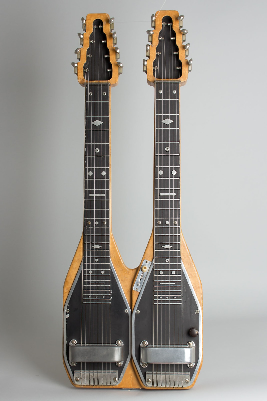 Bigsby  D-8 Doubleneck, Owned and played by Joaquin Murphey & Ardell Thomas Lap Steel Electric Guitar (1948), ser. #122048, original black hard shell case.