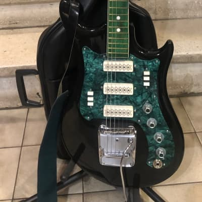 URAL electric guitar model 650 from 1975 black for sale