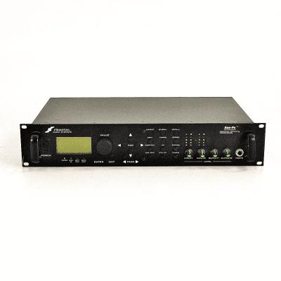 Fractal Audio Axe FX Standard Preamp/Effects Processor