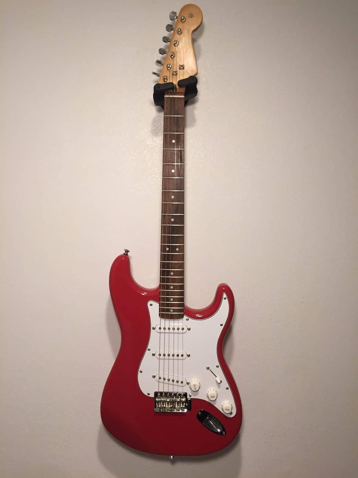 fiesta red fender stratocaster electric guitar reverb. Black Bedroom Furniture Sets. Home Design Ideas