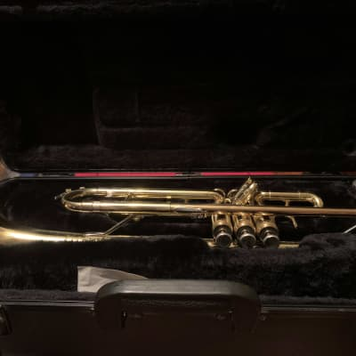 King Student Model 601 Trumpet with Case