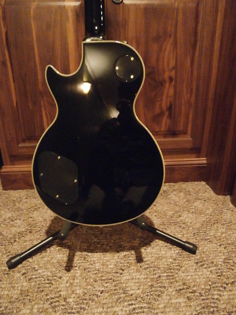 2005 Korean Made Epiphone Les Paul Custom Guitar