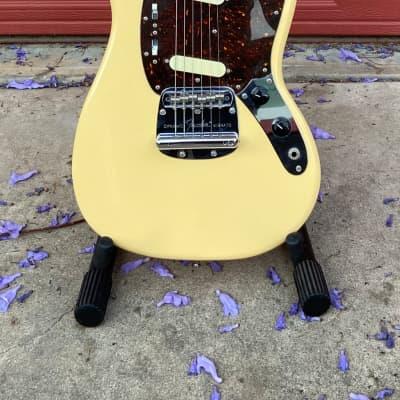Fender 1969 Reissue Mustang White MIJ CIJ 2005 for sale